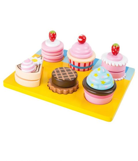 Wooden Cupcakes and Cakes Cutting Set