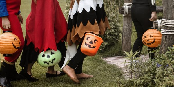 Halloween safety tips for keeping children safe when trick or treating
